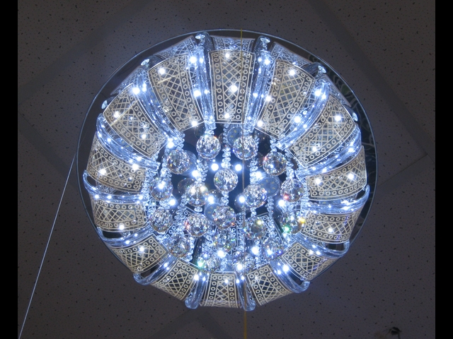 Светодиодные люстры фото